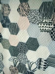 Jacquie-Gering-hexi-quilt-225x300