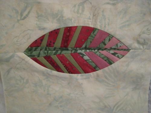 paper pieced leaf rose 1