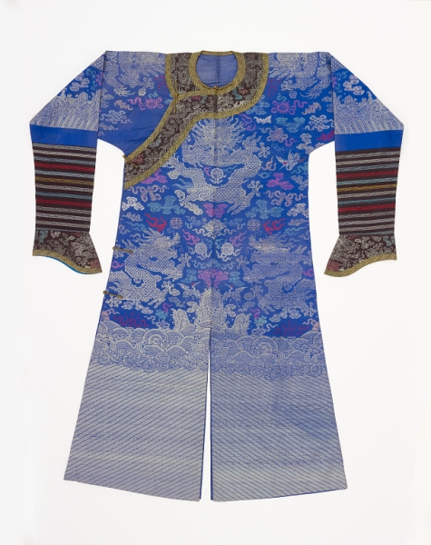 Manchu man's court coat early 20th c. Smithsonian