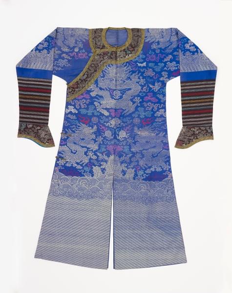 Manchu man's court coat early 20th c. Smithsonian