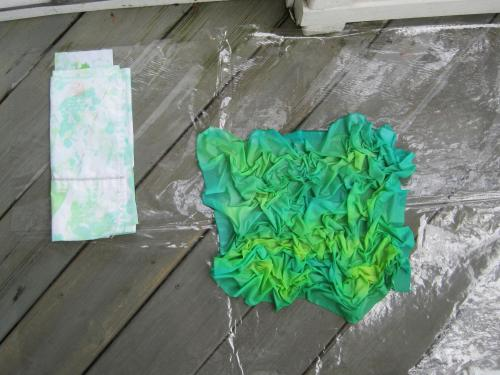 Scrunched fabric and mop cloth wet