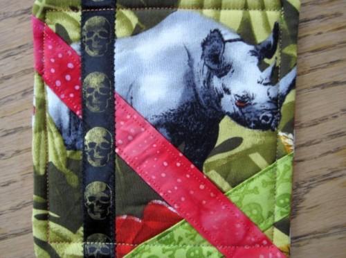 rhino mug rug